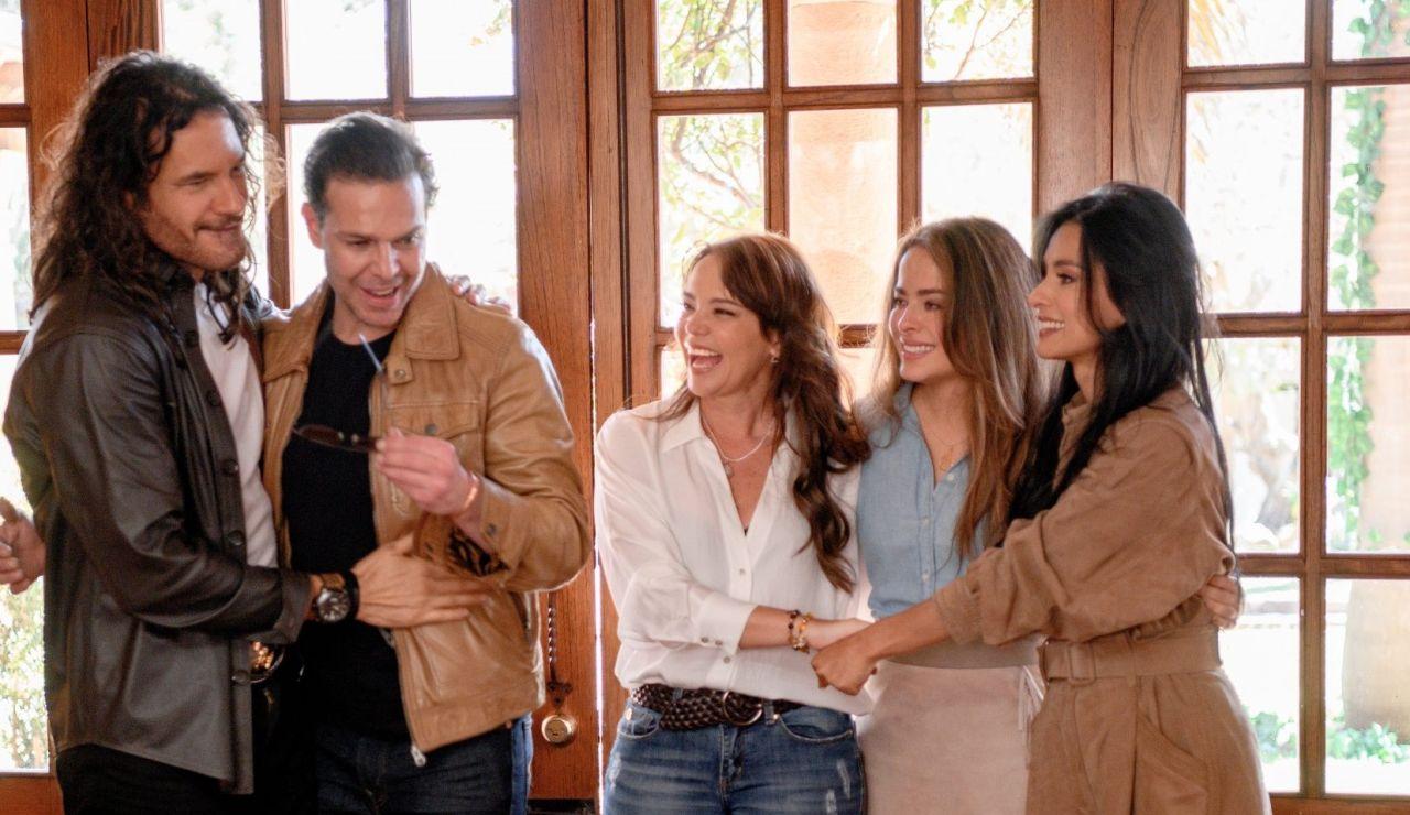 'Pasión de Gavilanes 2': Mario Cimarro, Danna García, Juan Alfonso Baptista, Natasha Klauss y Paola Rey
