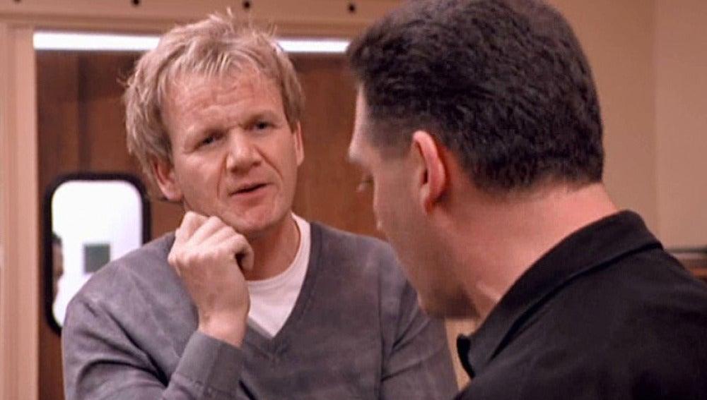 Gordon le echa la bronca a Din