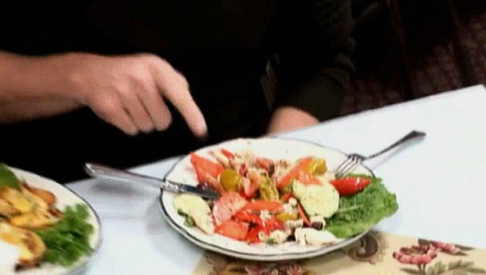 Gordon prueba la comida del Giuseppi's