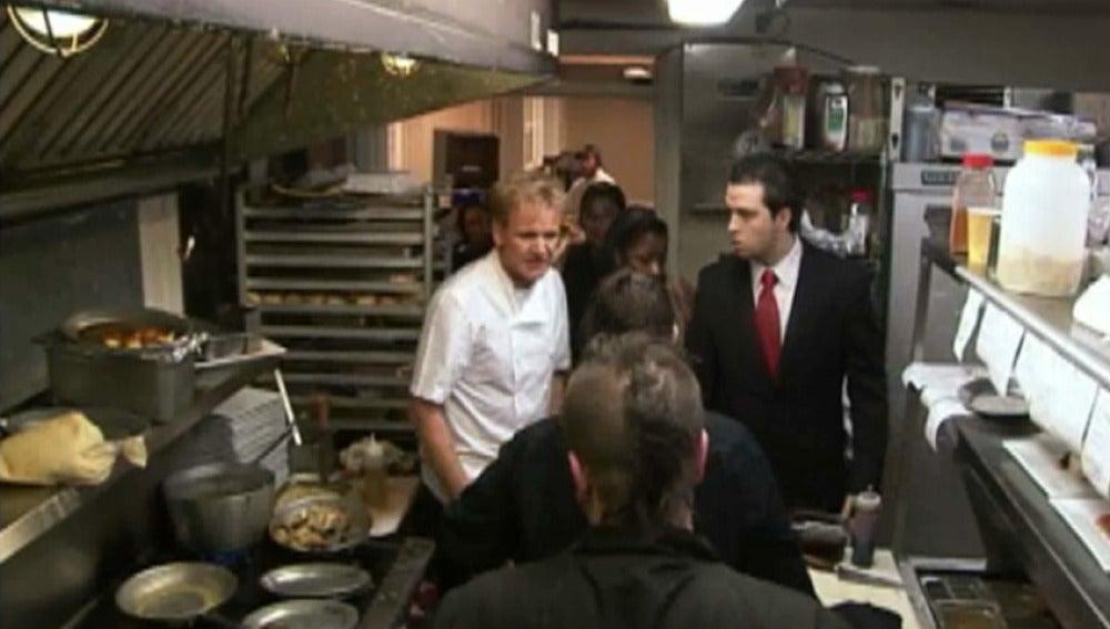 Programa 18, Pesadilla en la cocina, cirre restaurante