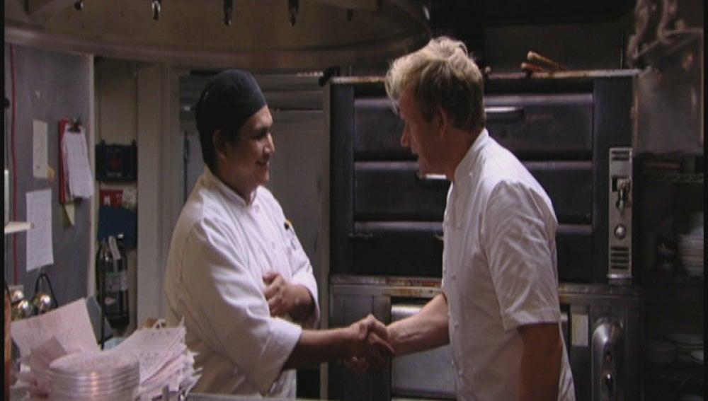 La dueña despide al chef