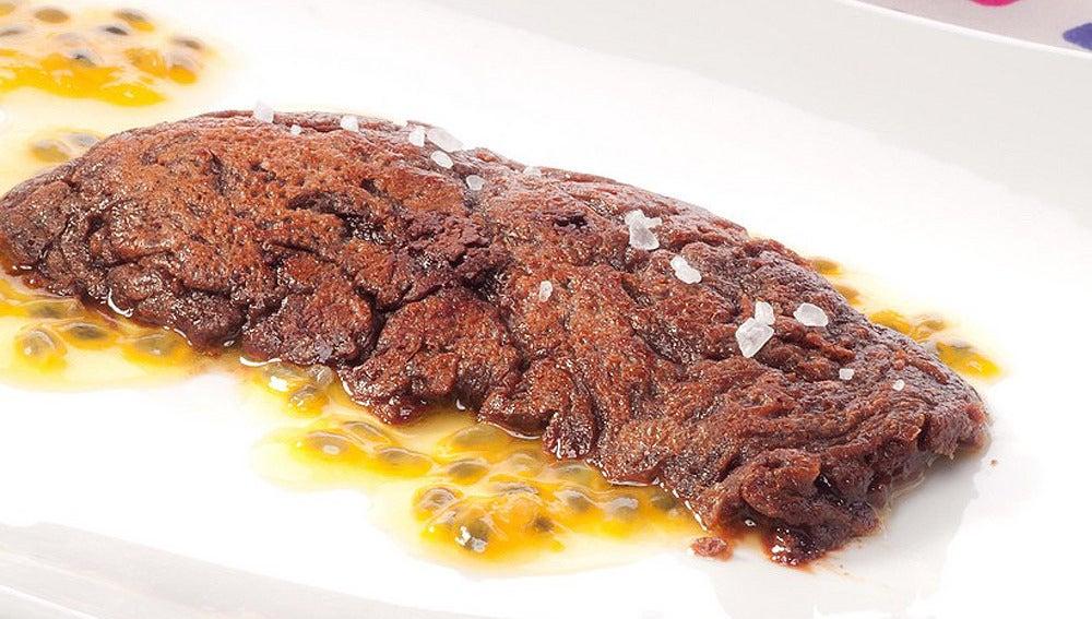 Tortilla fea de chocolate con puré de castañas