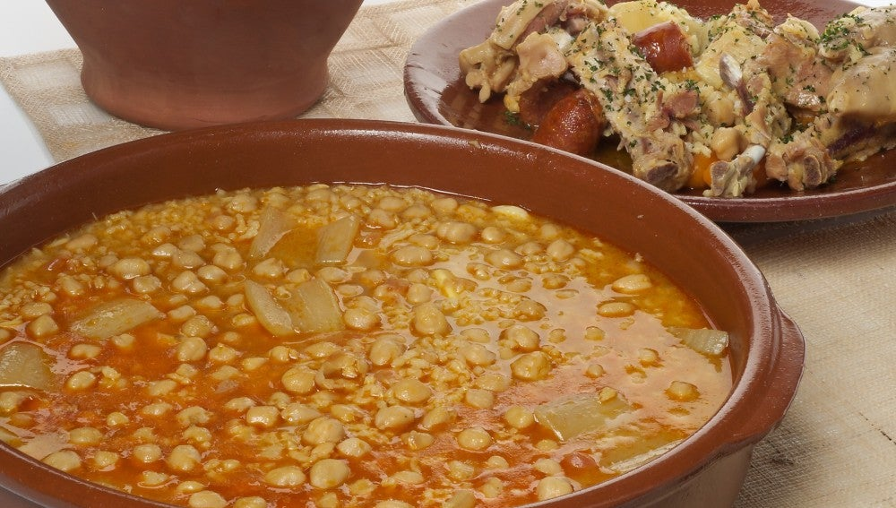 Puchero con garbanzos