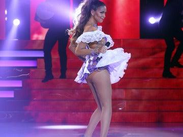 Cristina Pedroche imita a Jennifer Lopez en 'Tu cara me suena'