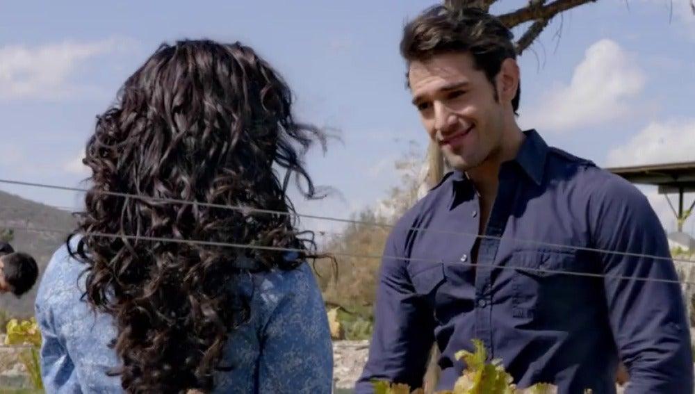 Frame 2.104382 de: Miguel quiere separar a Luciana de David