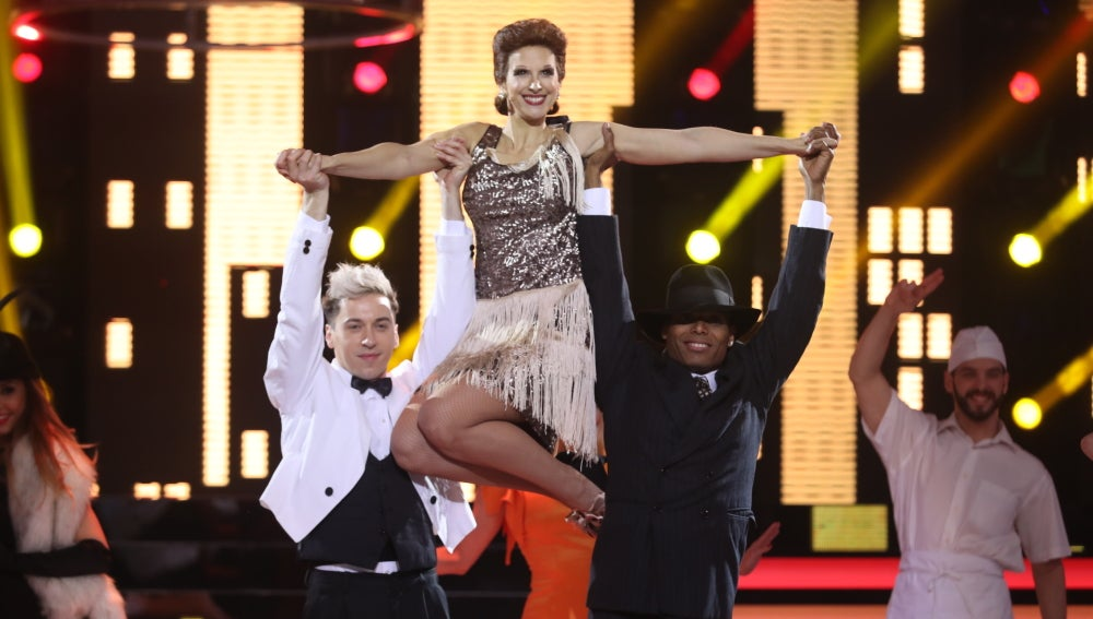 Nuria Fergó revoluciona el plató con la actuación 'Juntos' de Paloma San Basilio