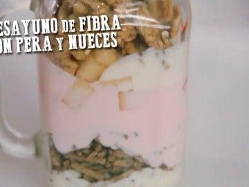 Frame 4.483809 de:  Hazte un desayuno de fibra con pera y nueces