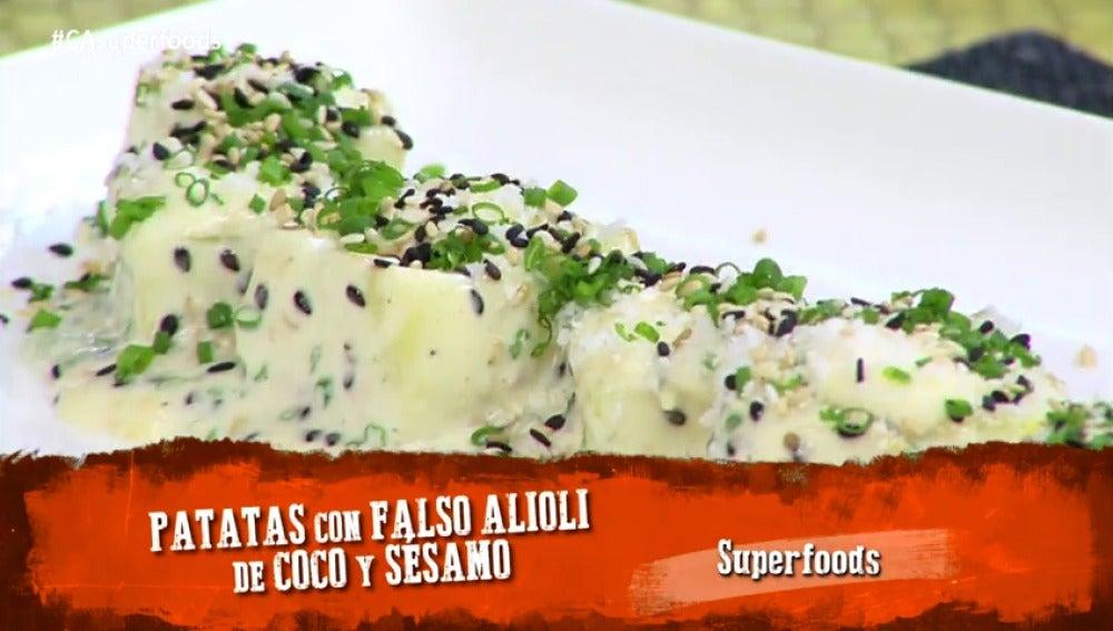Frame 5.019295 de: Patatas con falso alioli de coco y sésamo