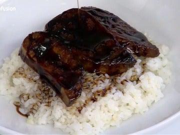 Frame 361.142571 de: Chirashi de foie gras al estilo Unagi