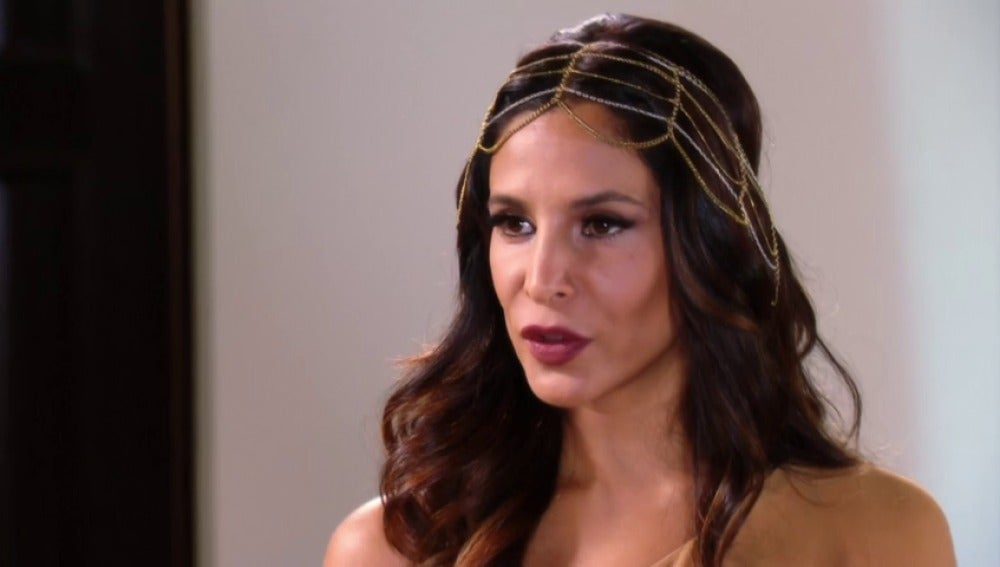 Priscila, celosa, se encara con Rosario y le advierte sobre Alejandro