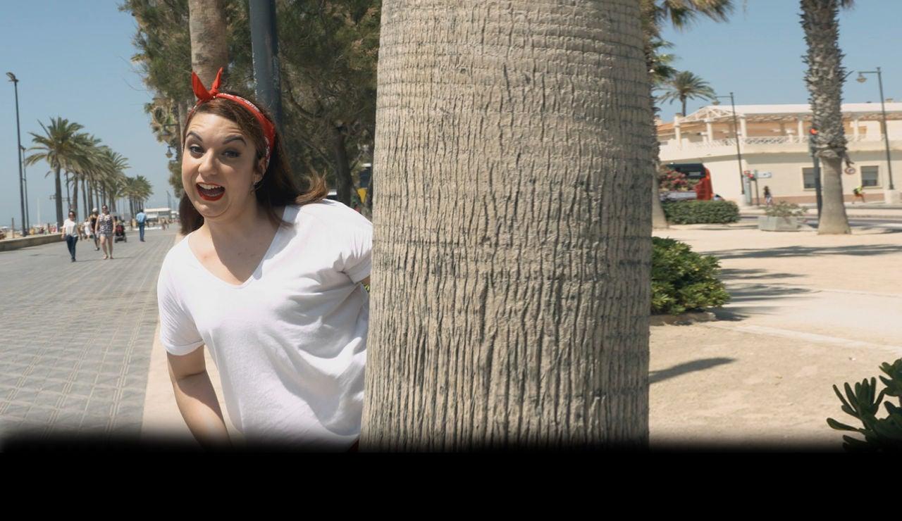 Vuelve 'La chica de las series' con un especial verano