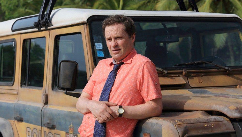 Así es Jack Mooney, el nuevo detective que llega a la isla de 'Crimen en el paraíso'