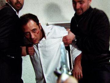 Ömer le salva la vida a Cengiz