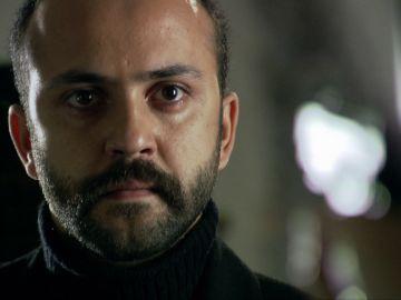Ali descubre que Tefo le ha traicionado