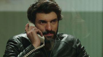 Ömar visita a Huseyin en la carcel