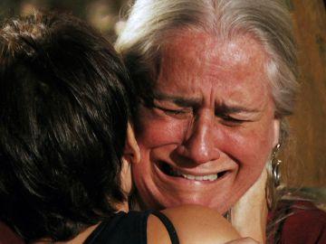 Nina llega a Brasil y se reencuentra con mamá Lucinda