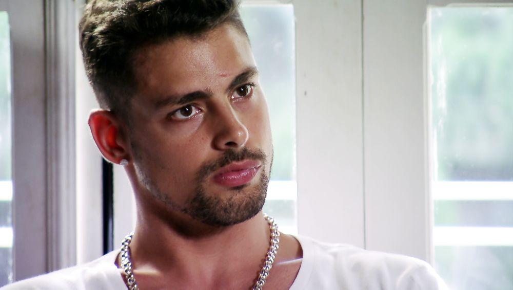 Jorgito descubre que Nilo y Betania están en casa de Nina