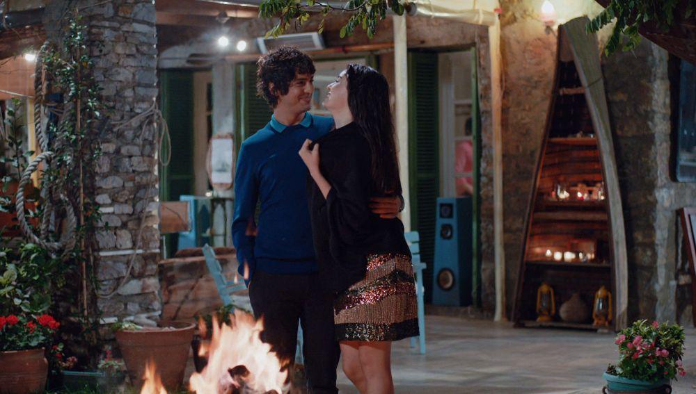 """Eylül: """"Sí, quiero casarme contigo"""""""