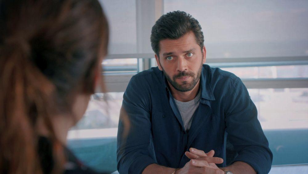 """Ali se declara a Zeynep: """"Estoy enamorado de ti"""""""