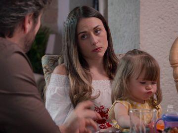 Julieta decide vender la casa para saldar las deudas que tienen