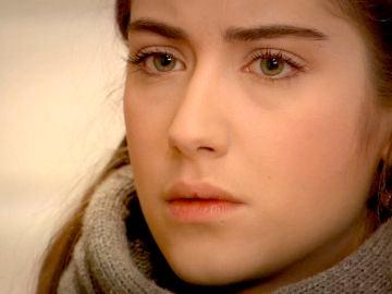 Feriha se encuentra con Rüya, la ex novia embarazada de Emir