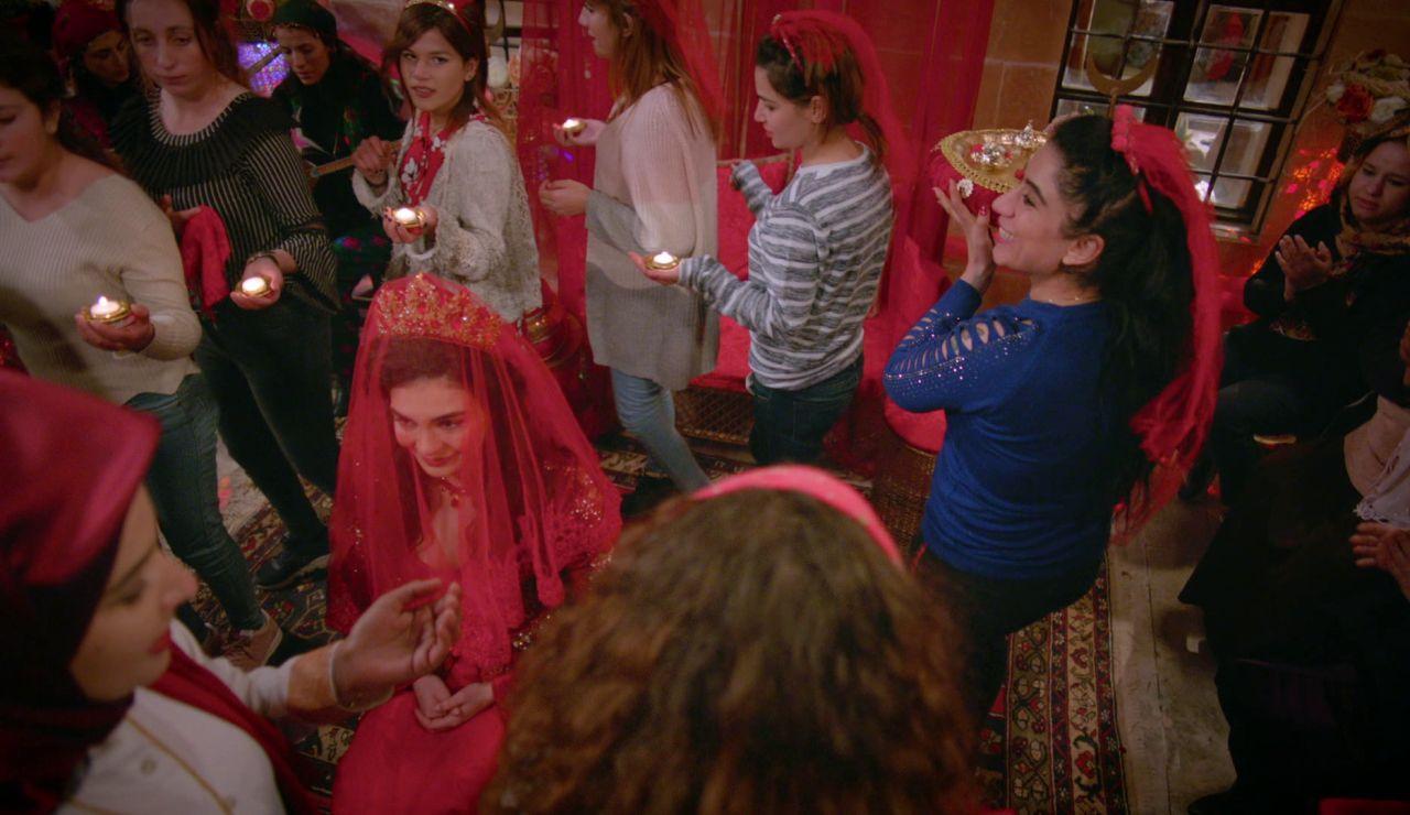 ¿En qué consiste la 'Noche de la Henna' que celebra Reyyan antes de casarse con Miran en 'Hercai'?