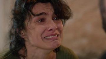 La madre de Reyyan se enfrenta a Miran para rescatar a su hija