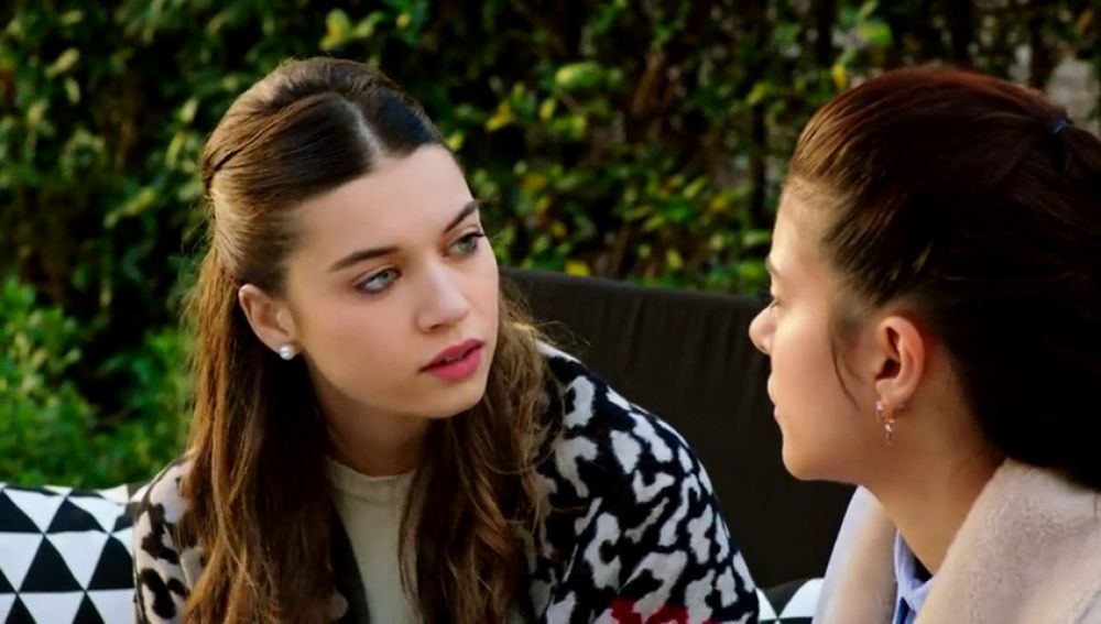 """Ece, a Haza: """"Tu no estás enamorada de Sinan"""""""