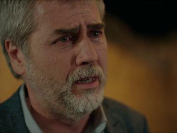 Hazar le suplica a Miran que le devuelva a su hija