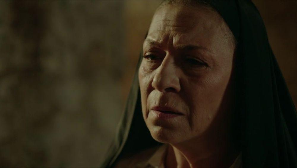 ¿Sabe Esma quién mató a los padres de Miran?