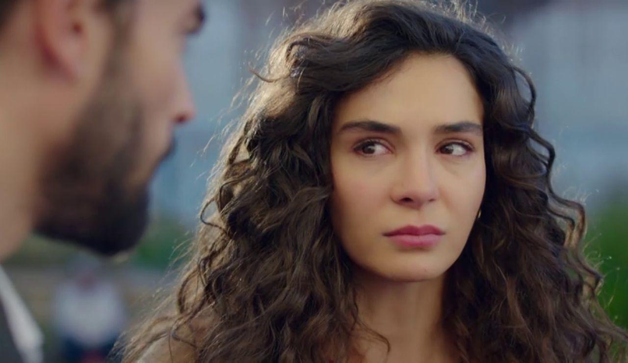 Reyyan recibe una pista sobre la carta que podría cambiar su vida y la de Miran