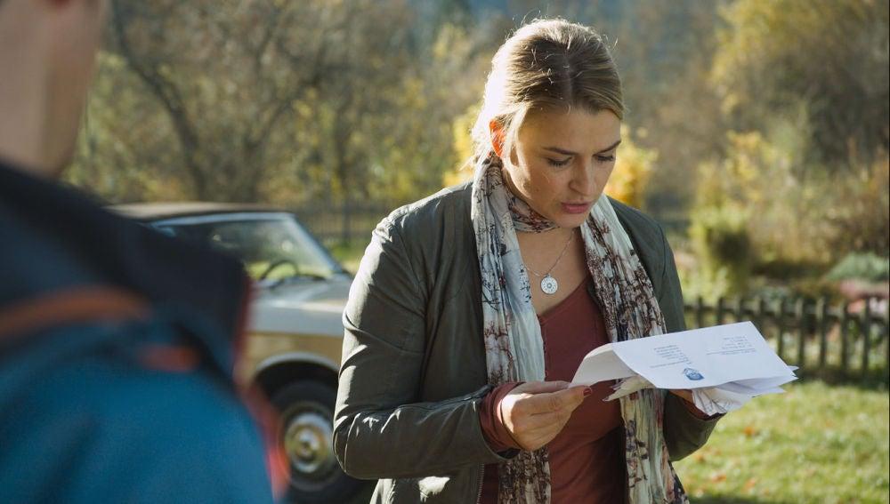 Anne recibe una carta