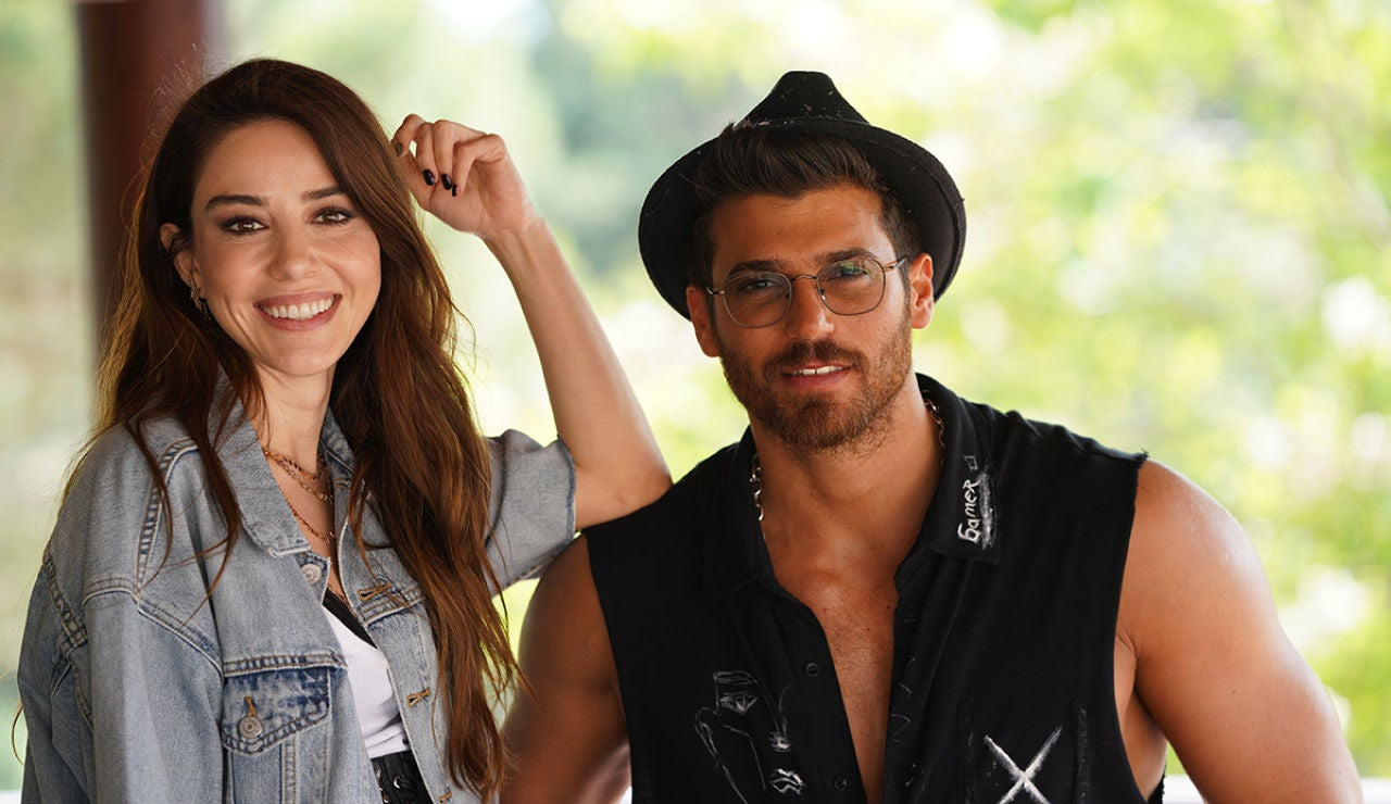 Can Yaman y Örze Gürel