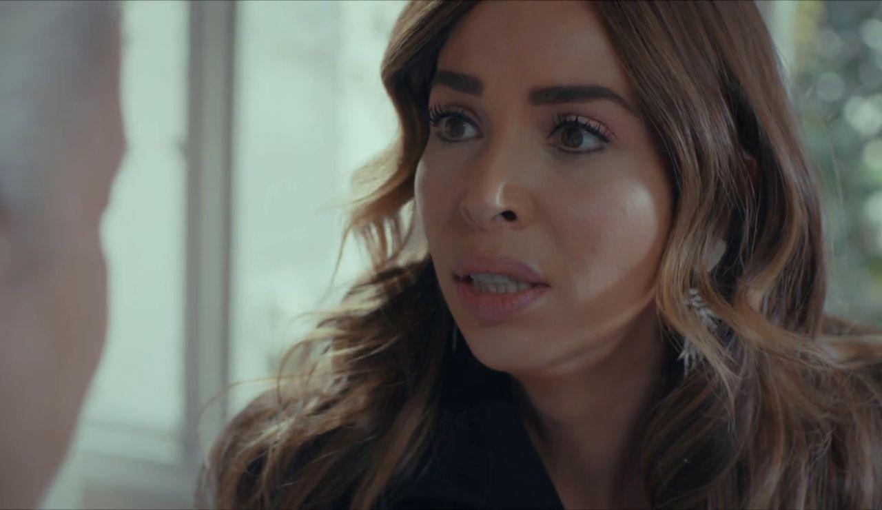 """Arzu avisa a Mukaddes: """"Te lo suplico, no puedes dejar que ese hombre entre en su vida"""""""