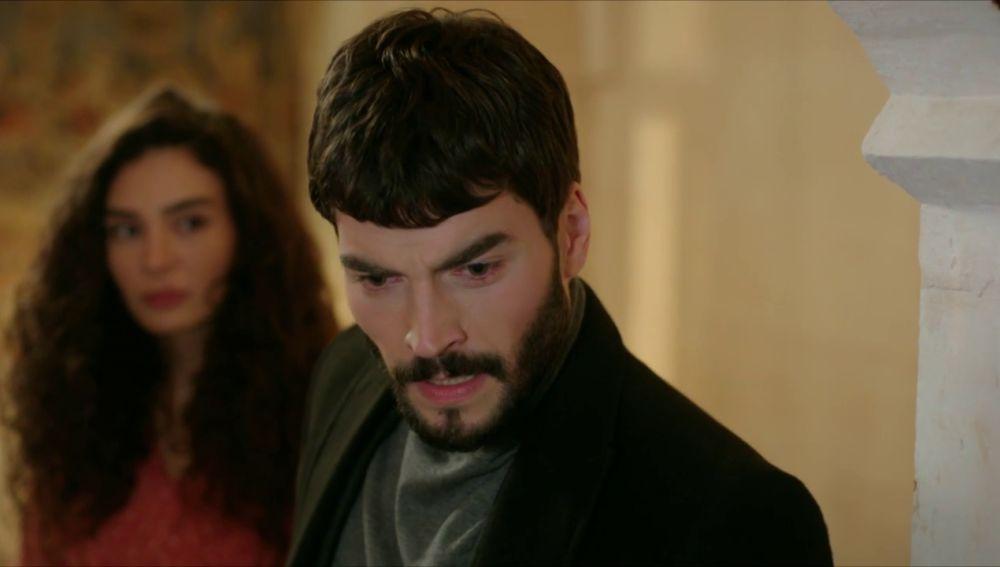 """Elif, tras descubrir el fin de la venganza: """"Azat se llevará a Reyyan y me dejará"""""""