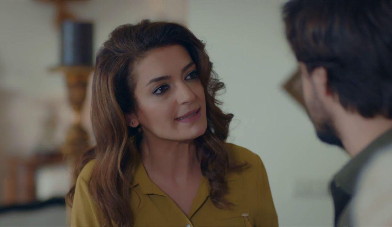 """La madre de Selim le desvela el secreto más oscuro: """"Tu padre mató a Riza"""""""