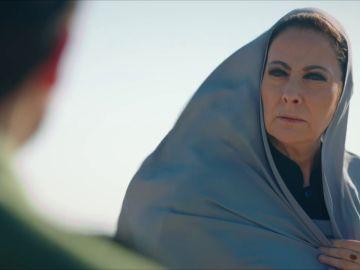 "Azize y Aslan se reúnen en secreto: ""¿Por qué me separaste de mi familia?"""
