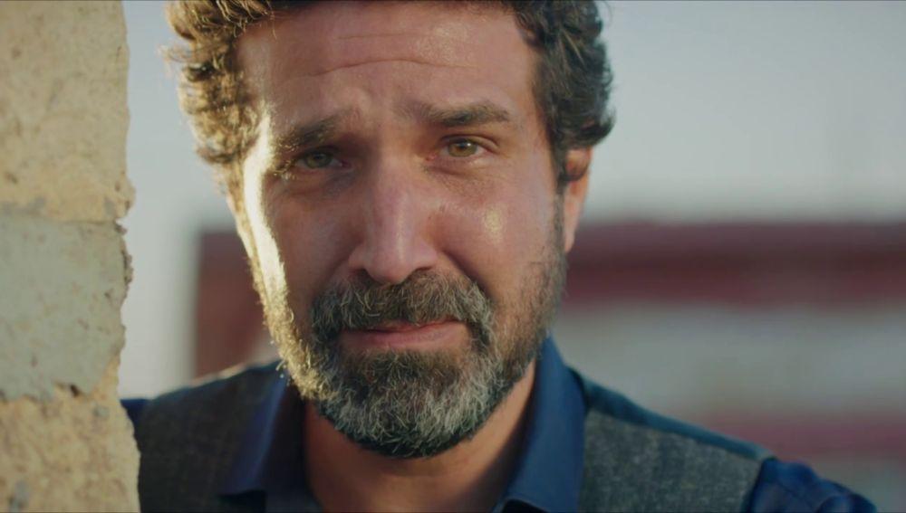 ¡Notición! Aparece el verdadero padre de Reyyan en 'Hercai'