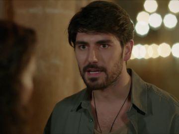 Aslan y Reyyan a solas: ¿Qué trama el nieto de Azize?