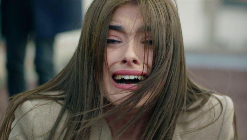 Agah empuja a Seniz: ¿La ha matado?