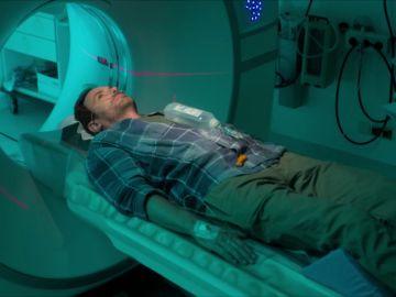 ¿Por qué el paciente del Dr. Gruber tiene crisis epilépticas?
