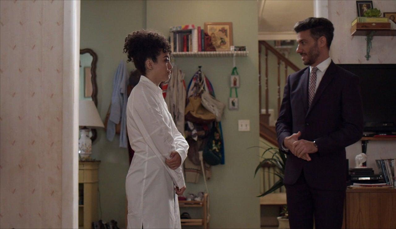 Armando conoce a la nueva Betty