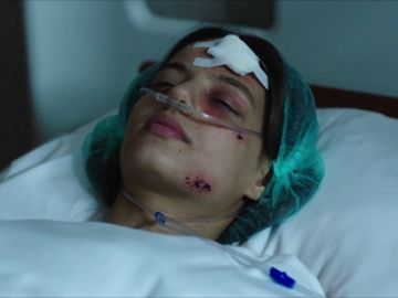 Un terrible accidente deja a Cansu en coma