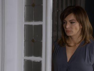 Raquel queda con Carolina para dejar las cosas claras.