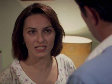 """""""¿Quién es Caroline?"""": Cemile descubre la carta de la amante de Ali"""