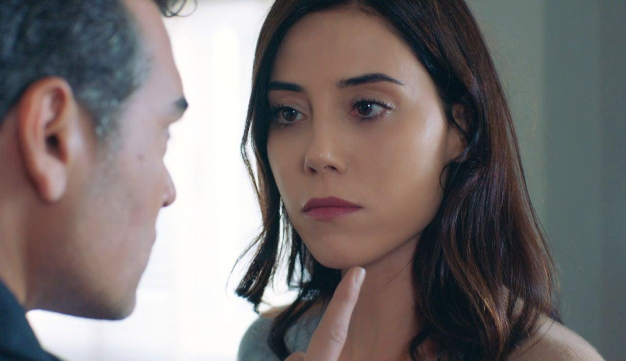 """Asya, a Volkan tras recibir la demanda de divorcio: """"No pienso tener compasión contigo"""""""